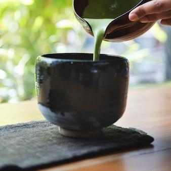 Thé vert matcha japonais traditionnel