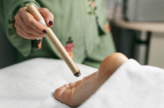Thérapie pour les pieds de près