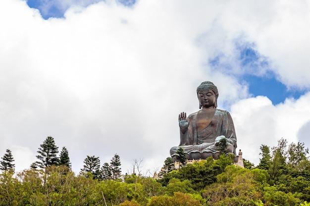 Tian tan buddha, big budda, l'énorme tian tan buddha au monastère de po lin à hong kong