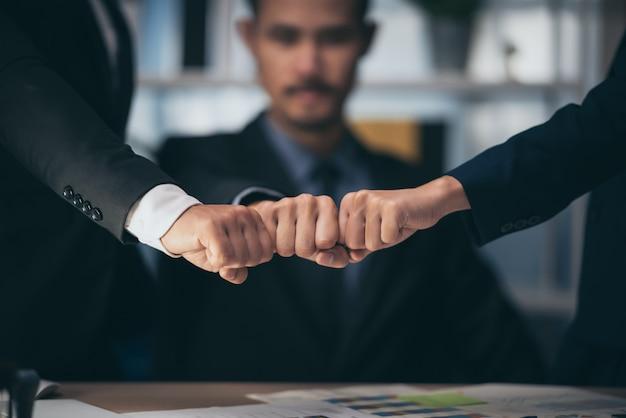 Timbre approuvé par l'entreprise, document de permis et concept de certificat