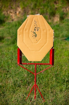 Tir à la cible jeux de pistolet de compétition ipsc.