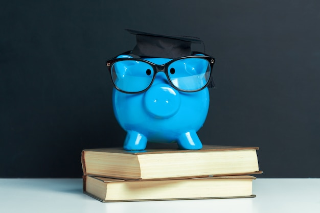 Tirelire diplôme universitaire