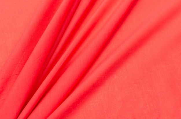 Tissu de coton rouge cambrique