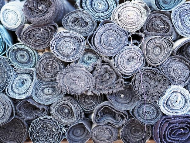 Tissus rouleaux couleurs bleues