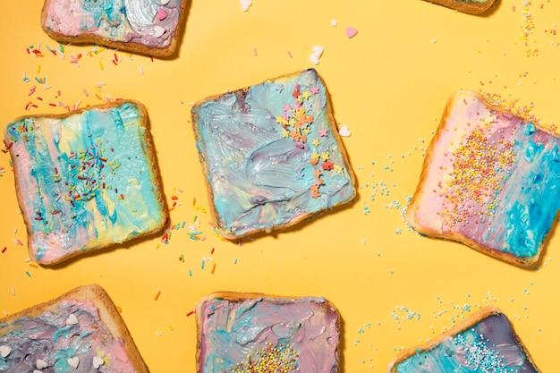 Toasts colorés