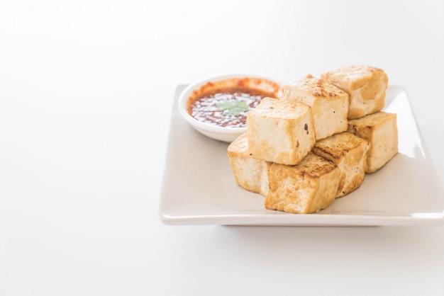 Tofu frit - nourriture saine