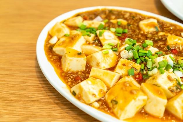 Tofu avec sauce à sauce