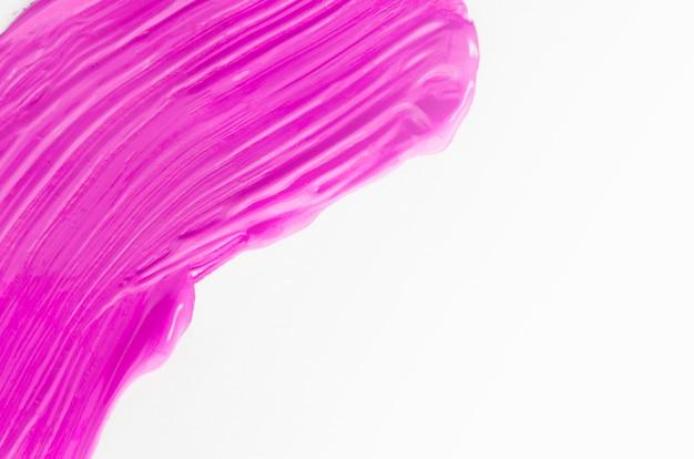 Toile blanche avec trait rose