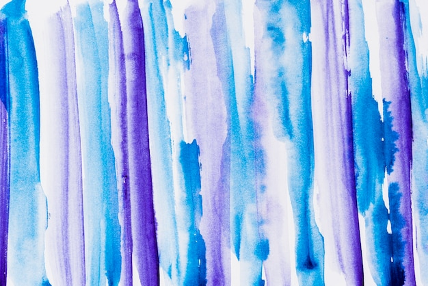 Toile de fond de coup de pinceau aquarelle bleu et violet vif