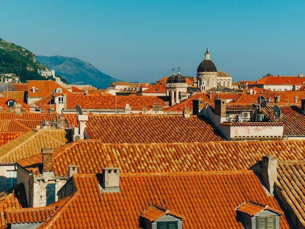 Toits de tuiles croatie de la vieille ville de dubrovnik