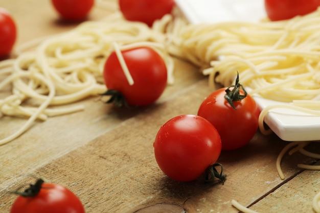 Tomate et spaghettis