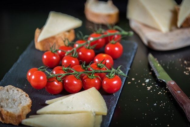 Tomates au fromage