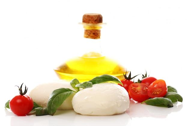 Tomates, basilic et mozzarella