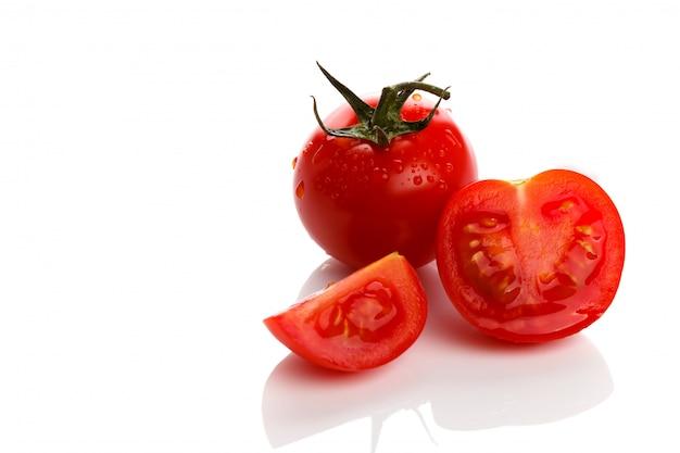 Tomates cerises fraîches