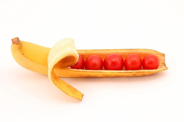 Les tomates en coque banane