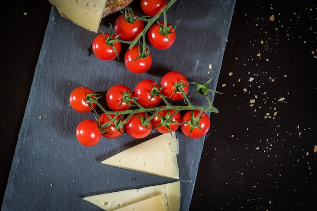 Tomates et fromage
