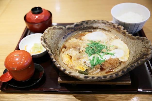 Tonkatsu , escalope de porc