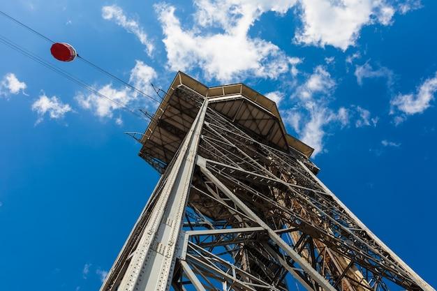 Torre sant sebastia à barcelone. espagne