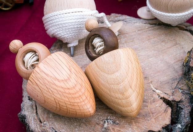 Toupie en bois sicilien faite à la main