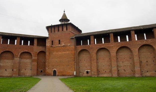 Tour à facettes du kremlin de kolomna