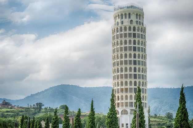 La tour penchée de pise, la tour de pise, thaïlande.