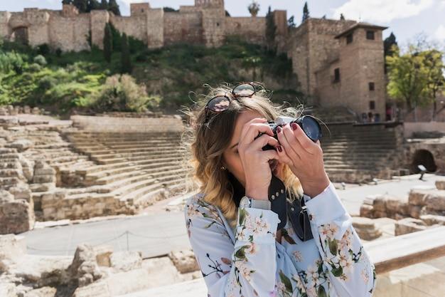 Tourisme avec caméra