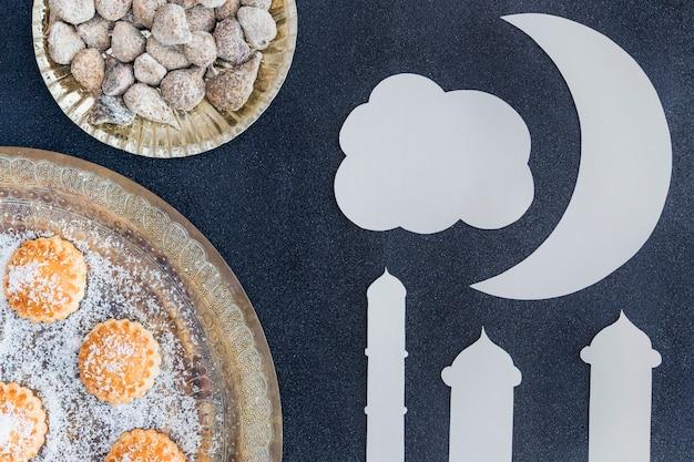Tours de mosquée et bonbons différents