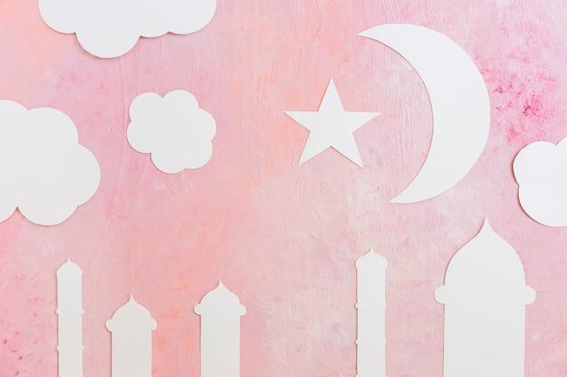 Tours de mosquée et croissant en papier