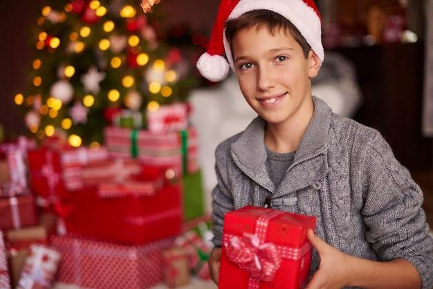 Tous ces cadeaux sont spécialement pour moi