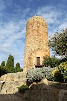 Tower les hores, ancienne remorque de pals, province de gérone, catalogne, espagne