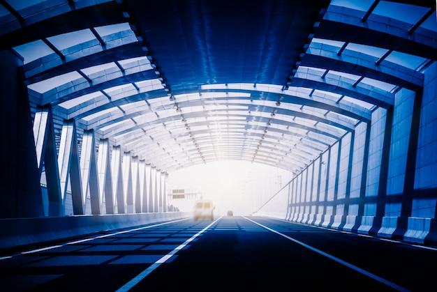 Trafic dans un tunnel