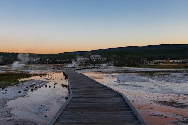 Trail au parc national de yellowstone