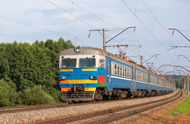 Train de banlieue en biélorussie