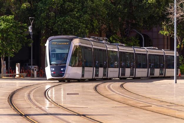 Train de transport de passagers connu sous le nom de vlt