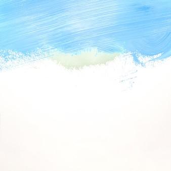 Traits bleus et gris sur le mur