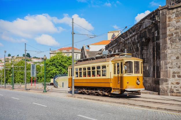 Tram historique, porto