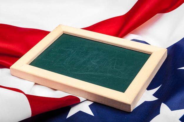 Trame vierge sur drapeau américain
