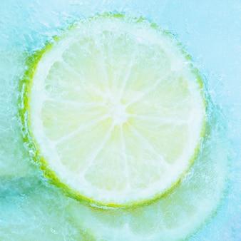 Tranche de citron congelé