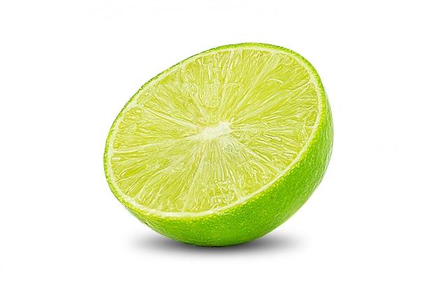 Tranche de citron vert citron citron vert isolé sur blanc