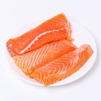 Tranche de saumon cru