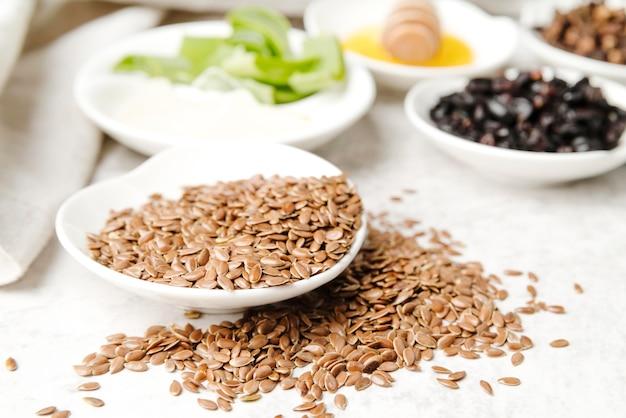 Tranches d'aloès et de graines floues