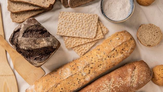 Tranches de différents types de pain
