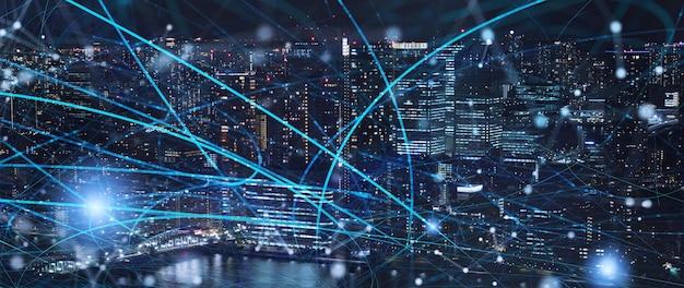 Transmission de connexion rapide dans la ville la nuit