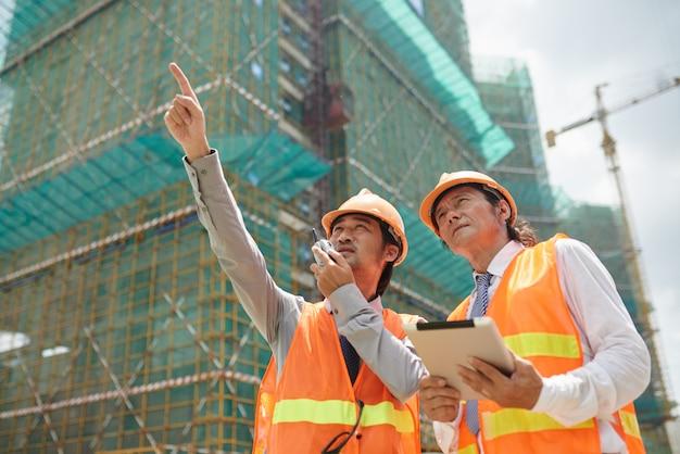 Travailler sur un chantier de construction
