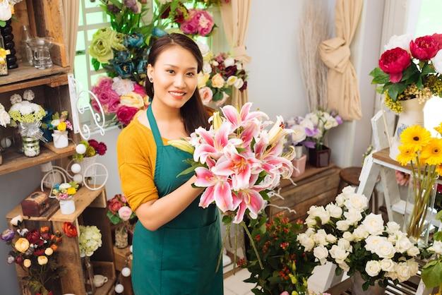 Travailler avec des fleurs