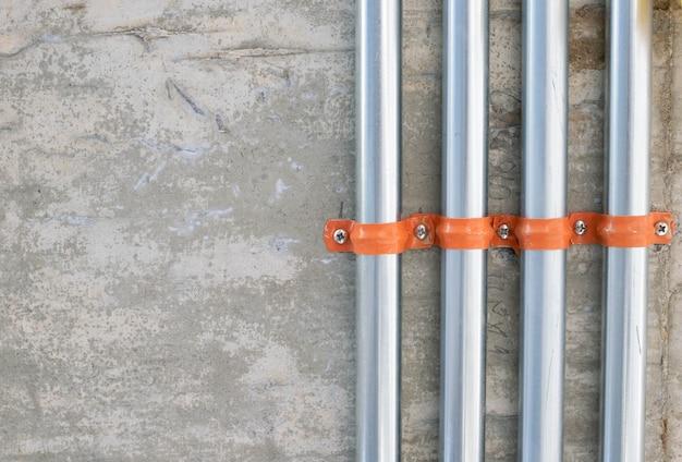Travaux De Tuyauterie électrique Dans La Construction Photo Premium