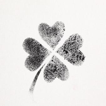 Trèfle irlandais à quatre feuilles au pochoir - illustration raster de style graffiti