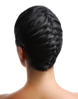 Tresse élégante. vue arrière d'une coiffure moderne isolée sur blanc