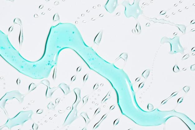 Trickle d'eau bleue