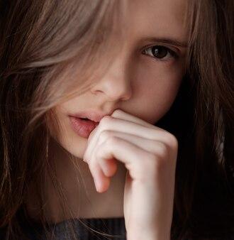 Triste, jeune fille, gros plan